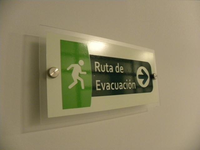señalizacion industrial guatemala - ruta de evacuacion