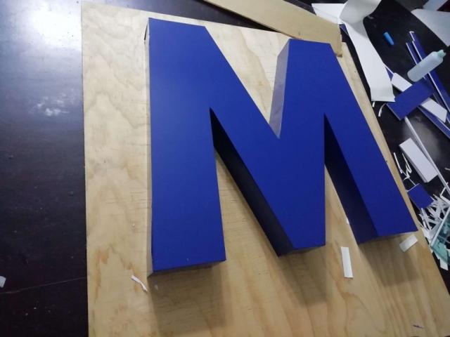 fabricacion letras tipo block guatemala