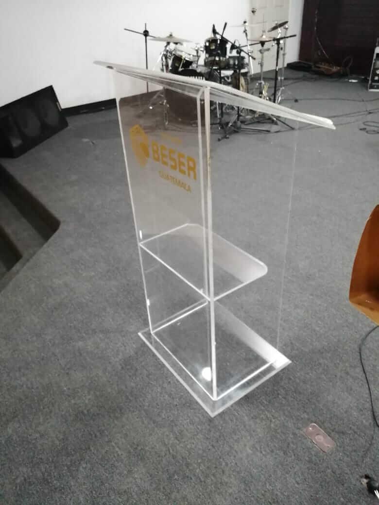 pulpito-acrilico transparente guatemala