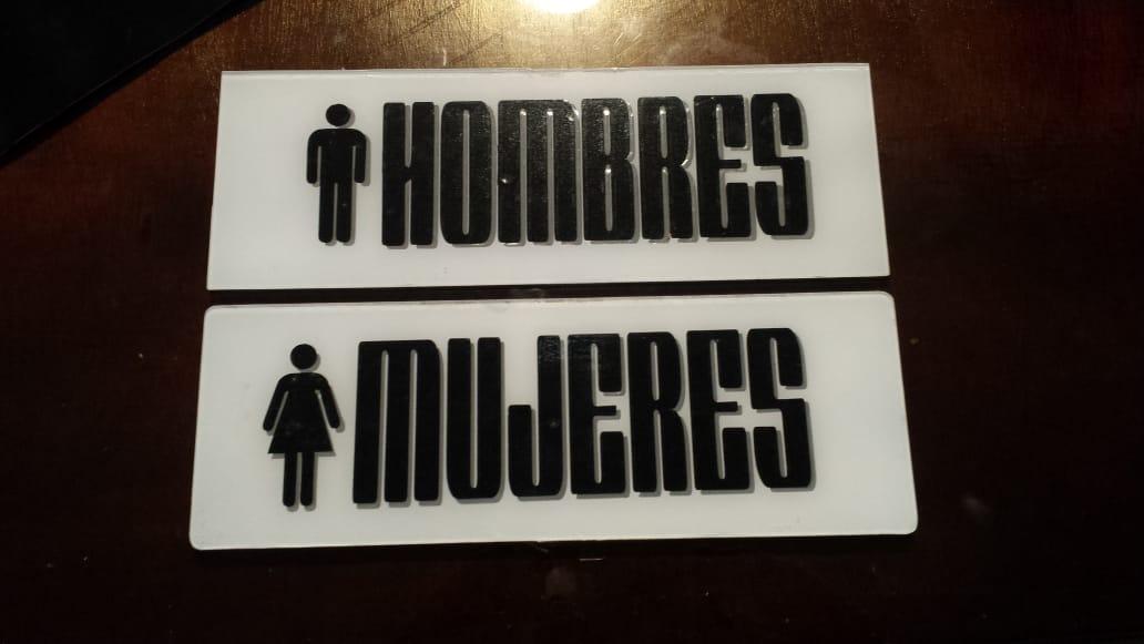 rotulo acrilico baño hombres mujeres guatemala