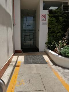 sandblast puerta entrada empresa guatemala