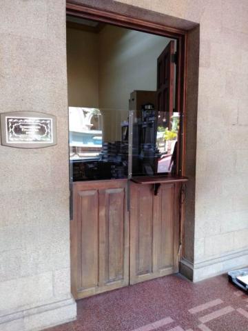 Barreras de acrílico anticontagio en Guatemala